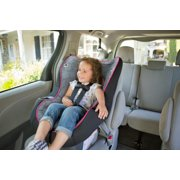 convertible car seat in vehicle image number 5