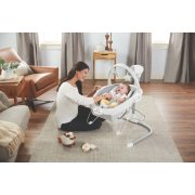 duey sway 2 in 1 swing and bouncer in use at home image number 3