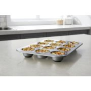 calphalon premier muffin pan image number 3