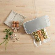 FoodSaver VS2150 Vacuum Sealing System, Food Vacuum Sealer, White/Silver image number 3