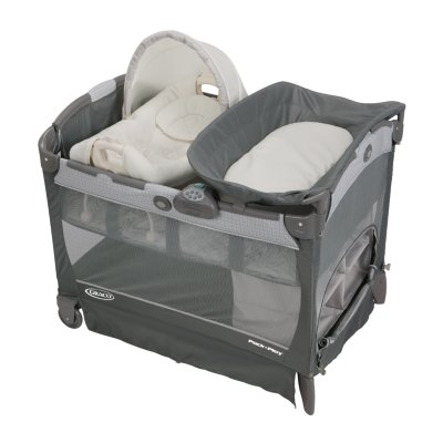 Pack 'n Play® with Cuddle Cove™ Removable Seat