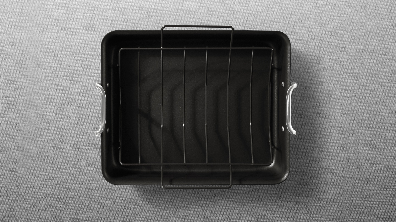 a food pan with rack