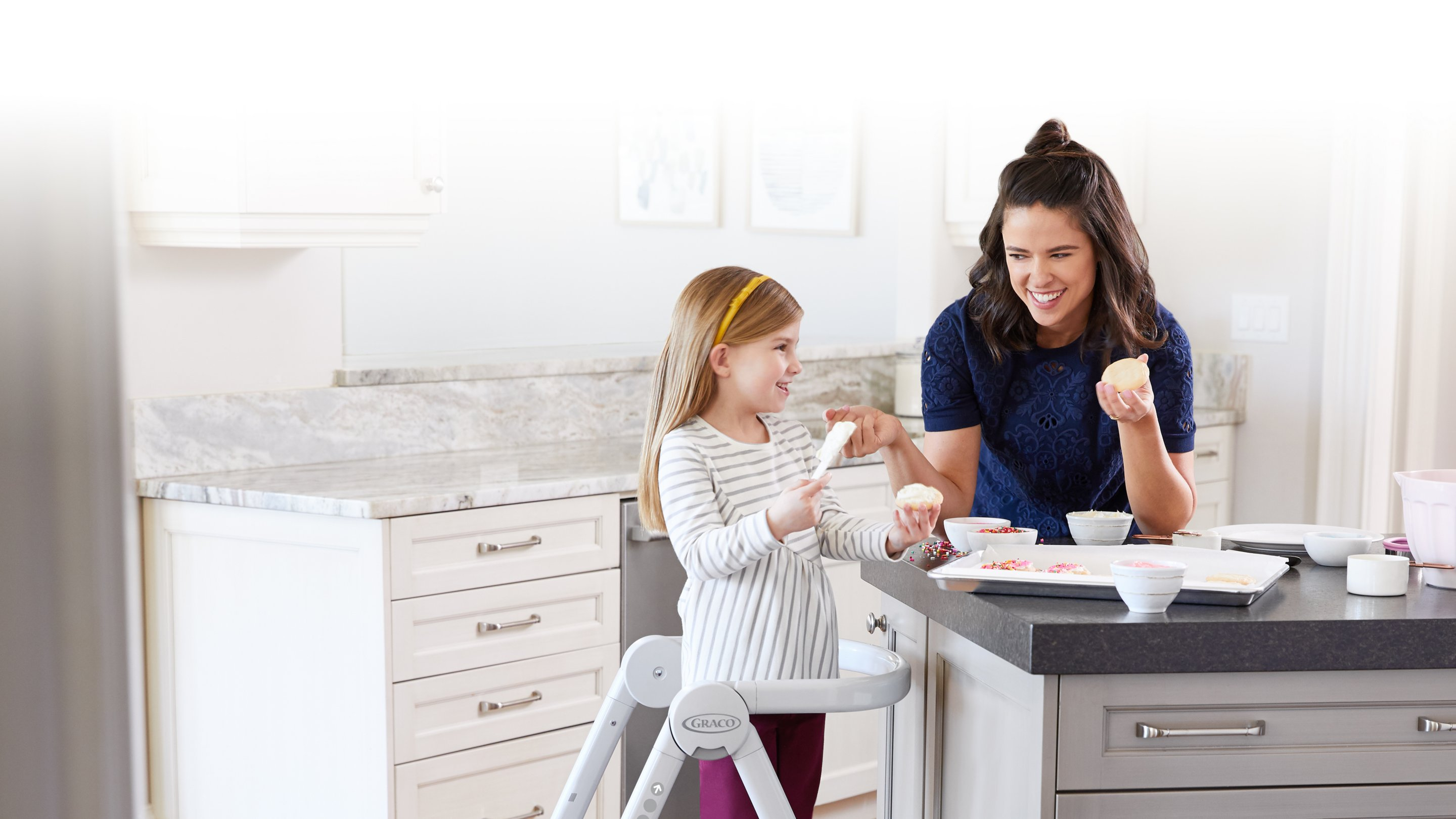 kids stool that can be converted to a highchair