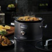 slow cooker image number 2